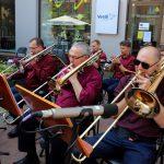 Įpusėjus vasarai, Šiaulių bulvare netyla profesionali gyva muzika